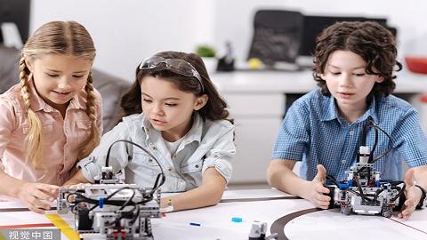 科大讯飞发布《智能教育发展蓝皮书》,智能教育进入快速发展期