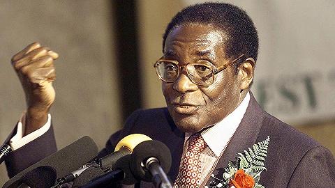 穆加贝说过的硬话:必须将恐惧深植在白人心底,曼德拉对他们太好了