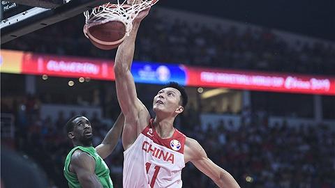 【体育早报】中国国奥男足负越南 中国男篮输球奥运门票乞助