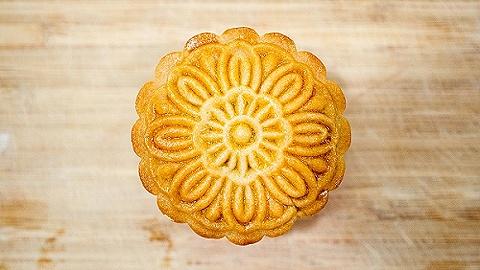 【特写】都说月饼越来越不好吃,什么改变了它的味道?