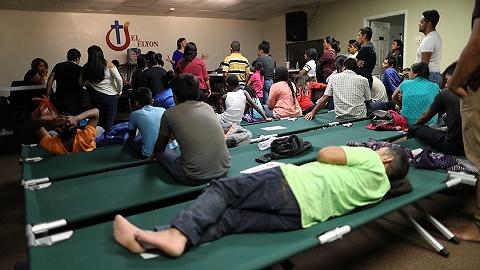 美最高法院认可难民申请禁令,一场持续两月的司法拉锯告一段落