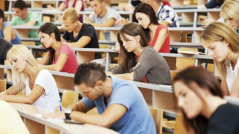 """【一周教育要聞】""""學院""""型高校扎堆更名為""""大學"""",天津茱莉亞學院正式開學"""