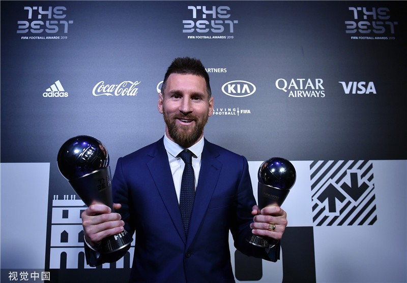 年度最佳又成人气比拼?时隔4年,梅西终于荣膺世界足球先生