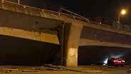無錫高架橋垮塌,橋下3輛小車被壓