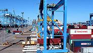 前三季度中国出口增长5.2%,贸易顺差扩大44.2%