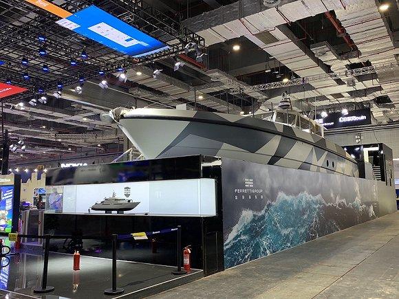 """高速巡逻艇、终极破碎机、中国订制挖机,这是进博会""""巨无霸""""最多的展区图3"""