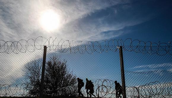 赢咖2:【边界观察】条条大路通欧洲:复原将欧亚非连接的五条非法移民线路