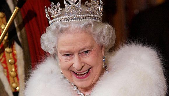 穿了67年皮草的英国女王,决定不再买新皮草图1
