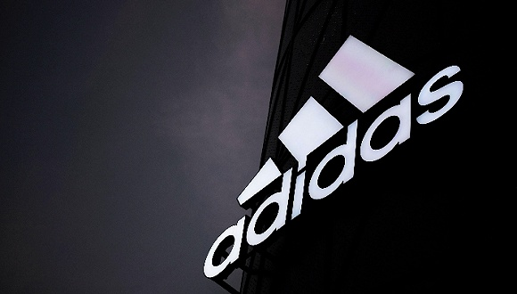 超越娱乐:阿迪达斯第三季度营收64亿欧元,大中华市场连续22季双位数增长