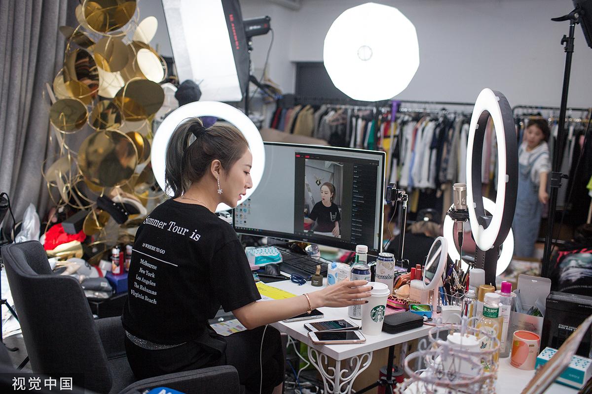 【深度】12万主播,百万级播放量,这个双十一不直播的美妆品牌没有活路图2