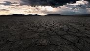 【快评】腾格里沙漠再现污染,凸显污染防治战任重道远