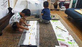 走进他们的家:画家、主编、设计师如何给孩子艺术启蒙?
