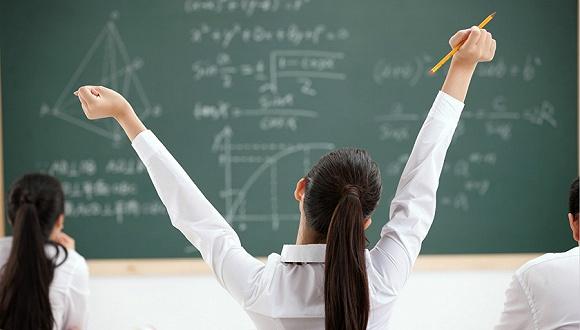 """半月談:高考成績呈下滑趨勢,""""縣中衰落""""非個別現象"""
