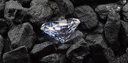 """年轻人消费趋理性、人造钻石冲击,""""一颗永流传""""身价不复往昔"""