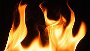 安徽蚌埠一门面房起火,现场搜救出25人其中5死3伤