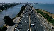 关于是否该采取更严格的排放法规,美国各州与联邦政府杠上了