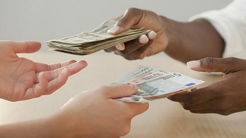 人民幣匯率,向上還是向下?