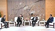 李强应勇与新华社社长蔡名照在沪出席的这个活动,世界媒体大咖云集