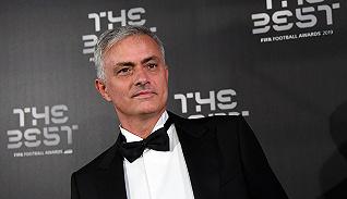 体育晚报 | 穆里尼奥接手热刺 戴维斯杯纳达尔带队取胜