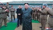 朝鲜宣布连发试射超大型火箭炮,现场画面曝光