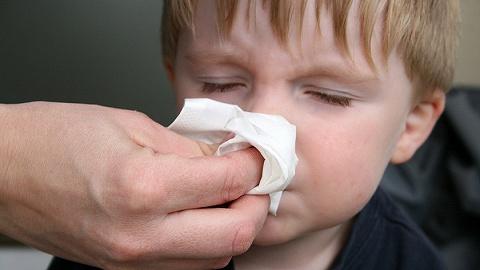 新型冠状病毒出现有限人传人?世卫组织:没有持续传播,但需警惕防控