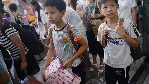 【專訪】陸銘:按戶籍人口配置教育資源是變相鼓勵留守兒童