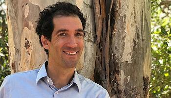美國作家丹尼爾·梅森:寫作啟發我醫生工作的契機更多,而非相反