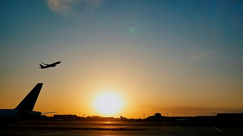 民航局調整國際客運航班,實施熔斷和獎勵措施