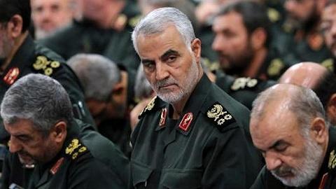 """伊朗向特朗普及数十名参与袭击苏莱曼尼将军人士发出""""逮捕令"""""""