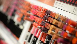千亿化妆品市场规模背后,女人正在失去不化妆的权利
