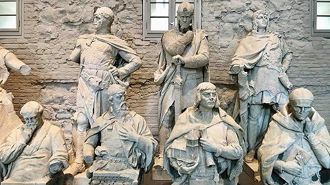 """俾斯麦雕像的去与留:""""历史有好有坏像人一样,并非所有争议之物都必须消失"""""""