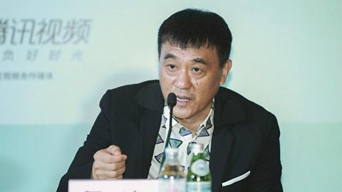 """【上海电视节】对话白玉兰奖评委何冰:演员不应该用""""老戏骨""""和""""小鲜肉""""来划分"""
