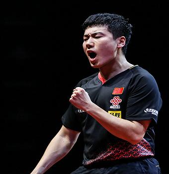 国乒模拟赛小鬼当家:孙颖莎、梁靖崑先后夺冠