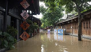 【圖集】洪峰過境四川閬中,江水漫進千年古城