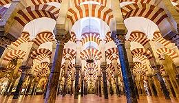 哥特风格原属阿拉伯世界?建筑文化战争的历史秘密