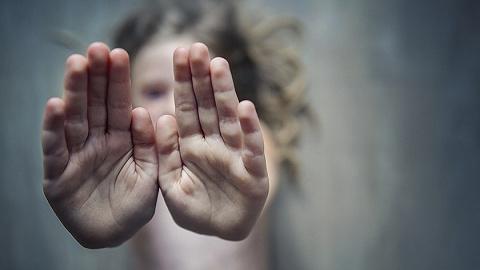 新修订未成年人保护法明年6月1日起施行,增设强制报告制度