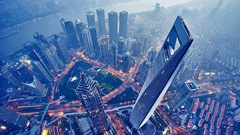 """上海樓市新房熱,不僅""""千人搖""""還有樓盤要凍資"""