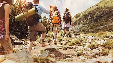 """元旦旅游新趨勢:徒步登山與越野自駕受追捧,""""小而美線路""""受歡迎"""