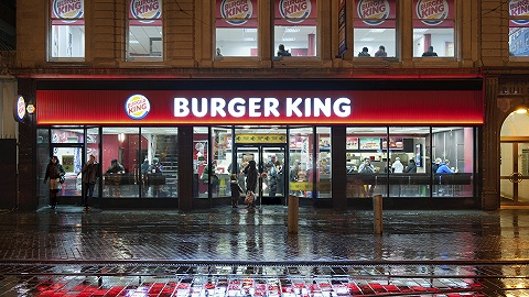 """疫情下大批餐厅关门,汉堡王把社交账户""""借给""""了小餐厅"""