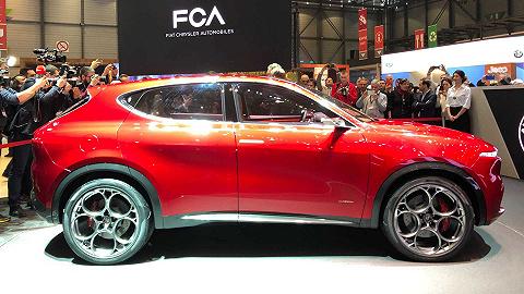 这辆备受瞩目的阿尔法·罗密欧紧凑型SUV将在2022年上市,但却使用Jeep发动机 | 新车