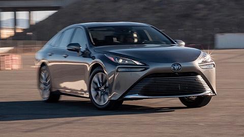 与LS同平台的丰田新款Mirai开起来怎么样?这里有它的最新评价|歪果仁老司机