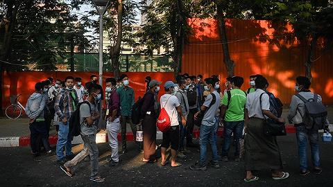 缅甸政变冲击民生,大米遭抢购银行排长龙