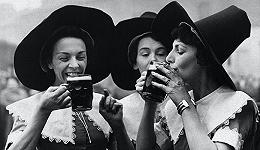 一度由女性主导的啤酒业是如何被女巫指控中断的?