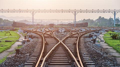 直通部委|交通部:计划3年内新增铁路里程3000公里 网信办:2月以来下架520余个APP