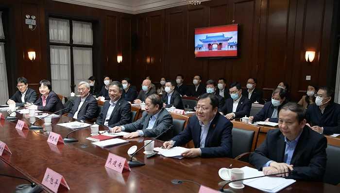 摩登5平台李强今天赴上海交大调研,期待市校携手打造科技创新策源高地!