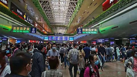 大風天氣導致京廣高鐵故障,石家莊站百趟列車晚點