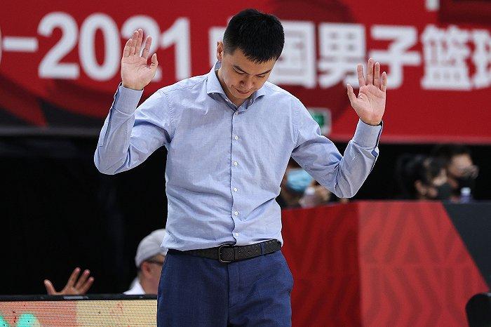 天富娱乐会员约大牌|丢冠责任在我 只希望辽篮好——专访辽宁男篮主教练杨鸣