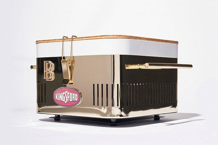 摩登4首页Dior家居服饰系列慵懒优雅,珠宝设计师Ben Baller带来奢华烤架丨是日美好事物