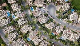 地产估值处十年较低水平,头部房企具投资价值,中小房企或陆续出清
