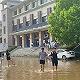 郑州暴雨后富士康中牟县厂区大量设备被淹,复工生产时间未知